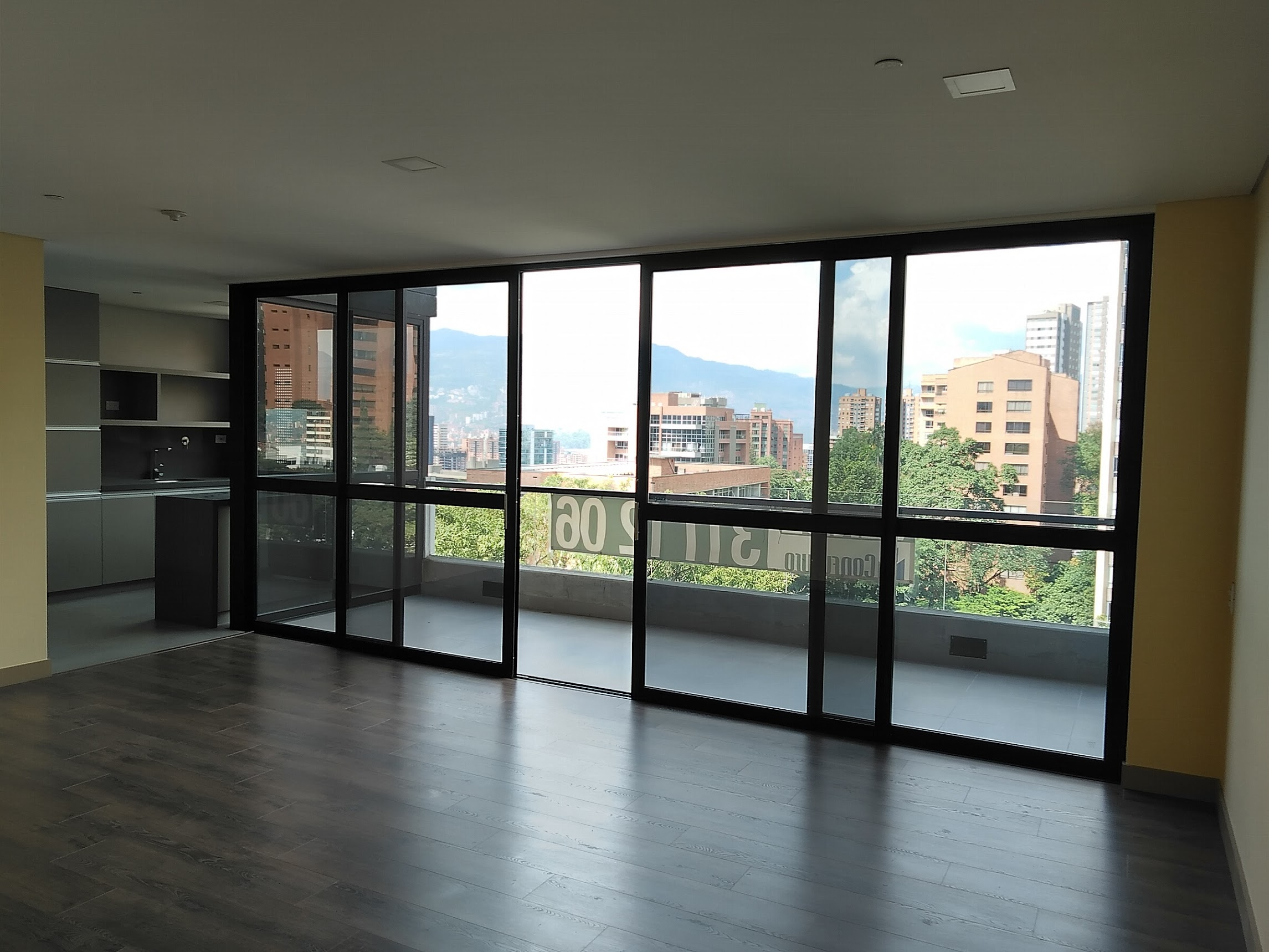 Art Living 602 – Luxury apartment with large balcony located in Lalinde